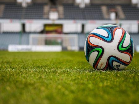 Fotbolls-EM 2021 spelas troligtvis enbart i England